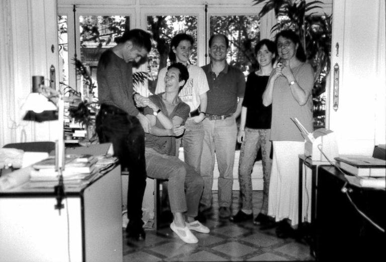 Isidre Jané, Raquel Aranda, Mireia Gascón, Pep Mas, Gemma Surribas i Araceli Rilova a l'oficina del carrer València