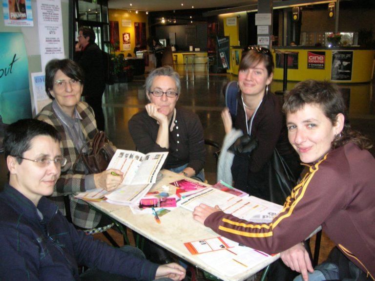 Pili i Concha del Festival de Mujeres de Huesca amb Anna Fernández i Mireia Gascón de la Mostra Internacional de Films de Dones de Barcelona durant el Festival de Créteil